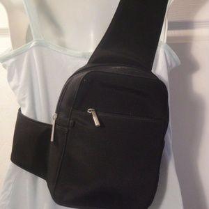 FOSSIL BLACK NYLON CROSS BODY BAG w/Phone Case